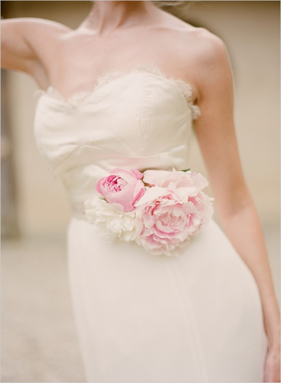 Virág menyasszonyi ruhához